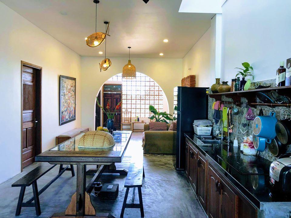 Ngôi nhà cũ 'lột xác' nhờ kiến trúc phong cách Địa Trung Hải