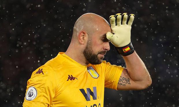 Thủ môn Aston Villa kể chuyện nhiễm Covid-19 - ảnh 1