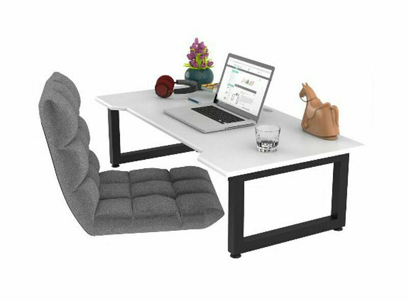 Bàn làm việc Normal Desk có kích thước 1.2 m x 60 cm x 35 cmvới mặt bàn được làmbằng gỗ tự nhiên đã qua xử lý chống cong vênh, chống mối mọt, phủ một lớp PU chống thấm và một lớp 2K chống trầy, đảm bảo độ bền cho sản phẩm. Thiết kế chân thấp giúp bàn có thể đặt ở bất cứ đâu trong nhà, đặc biệt những phòng có diện tích hẹp. Có thể kết hợp với nệm ngủ để làm việc thoải mái hơn. Sản phẩm của Nội thất Gọn, giá niêm yết 2,4 triệu, đang được giảm 2% còn2,35 triệu đồng.