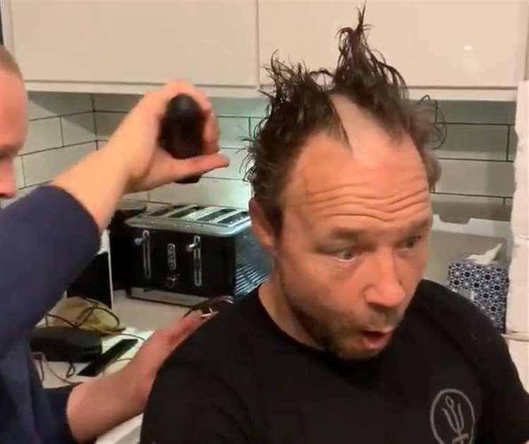 Những phiên bản lỗi khi cắt tóc tại nhà - ảnh 3