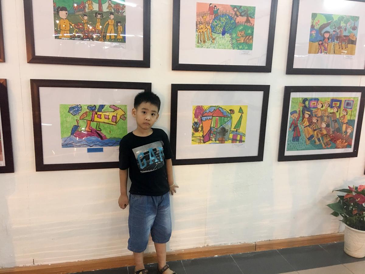 Sae Hae trong triển lãm tranh gì, ở đâu, thời gian nào? Con gửi những bức gì tham dự?. Ảnh: Gia đình cung cấp